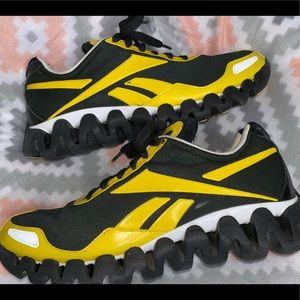 Reebok Zig-Tech Black/Yellow Running Sneakers 11.5
